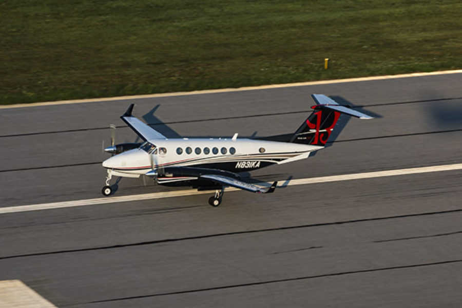 Beechcraft King Air 350i rolls out improved situational awareness, navigation